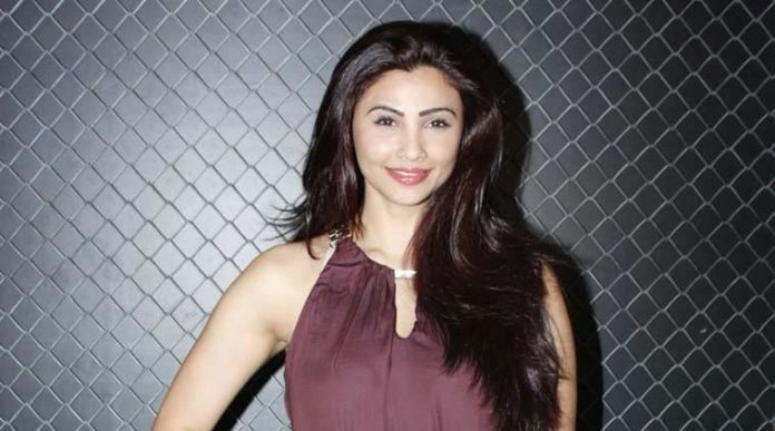 daisy-shah-picture