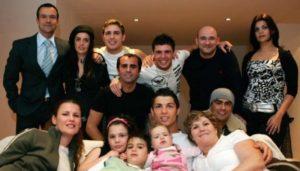 cristiano-ronaldo-family