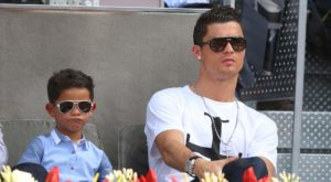 cristiano-ronaldo-with-son