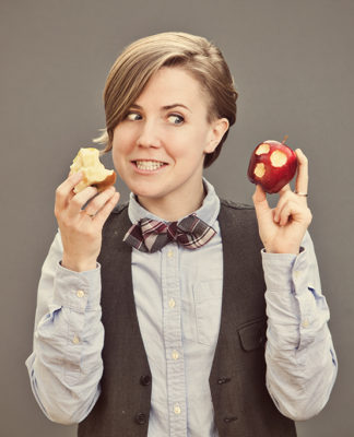 hannah-hart-picture