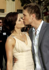 sophia-bush-chad-michael