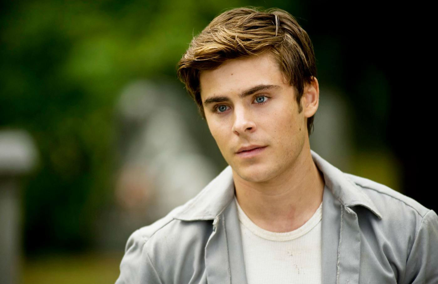 Zac Efron Biography, W...