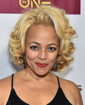 kim-fields-breast-size