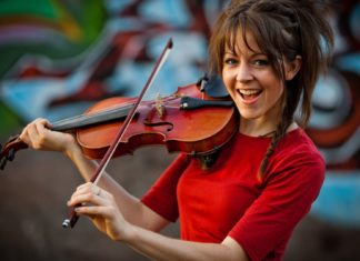 Lindsey Stirling pics