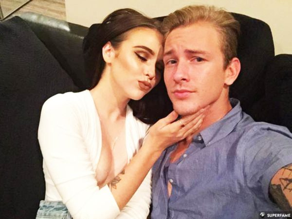 who is acacia dating Acacia brinley, 17, and alive like me singer jairus kersey, 24, recently announced that they were getting a house together acacia, who will be turning 18 next week, revealed that she was finally ready to fly the nest they loved-up pair been dating for a couple of months, following acacia's quiet.