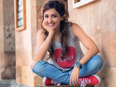 Neeti-Mohan-featured