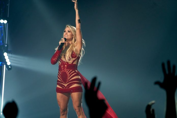 Carrie Underwood pics