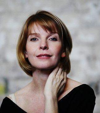 Jacqueline McKenzie Pics