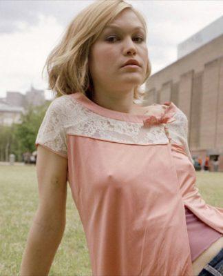 Julia Stiles image