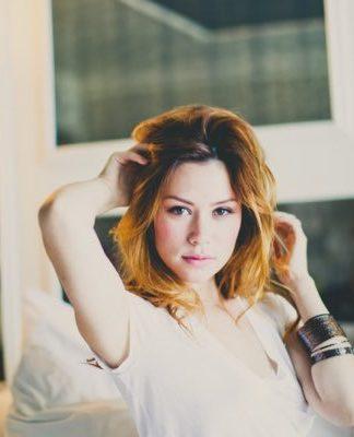 Ashley Schneider Pics