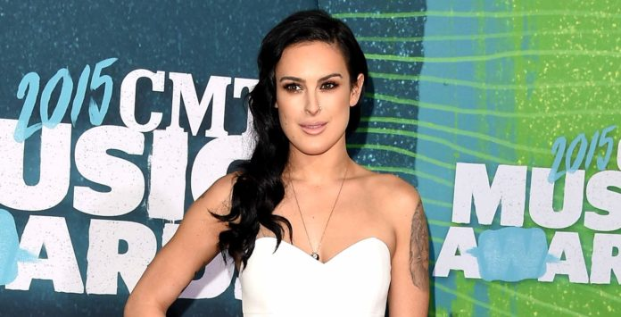 Rumer Willis hot pictures 696x355
