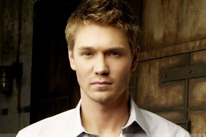 Chad Michael Murray image 696x464