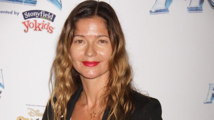 Jill Hennessy image 696x392