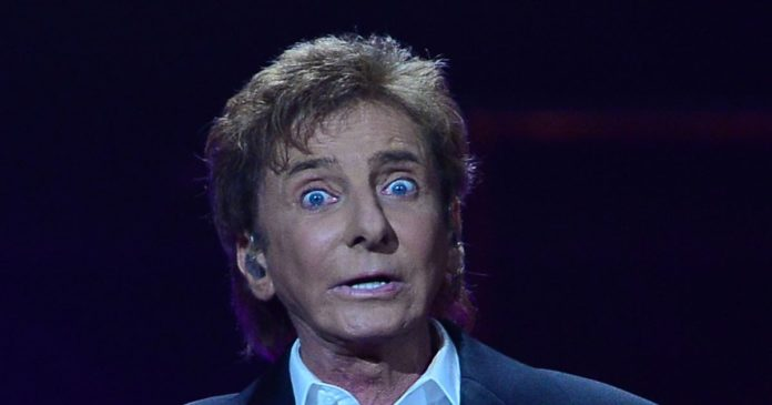 Barry Manilow image 696x365