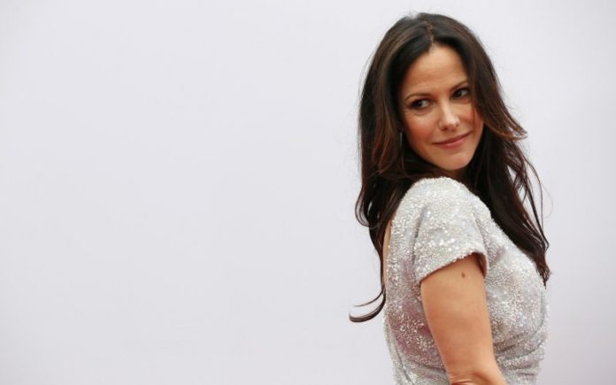 Mary Louise Parker pics 696x435