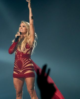 Carrie Underwood pics