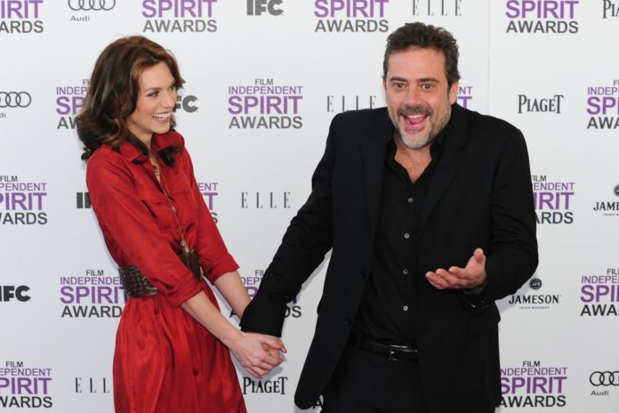 Cute Pictures Jeffrey Dean Morgan Hilarie Burton 696x464