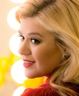 Kelly Clarkson pics