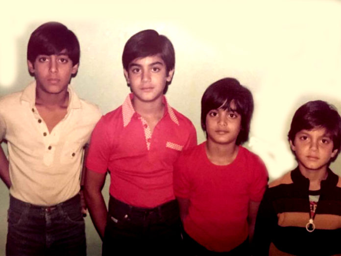Salman with his brothers an 696x522
