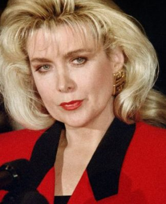 Gennifer Flowers Pics