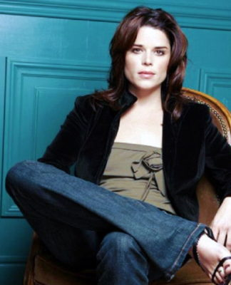 Neve Campbell Pics