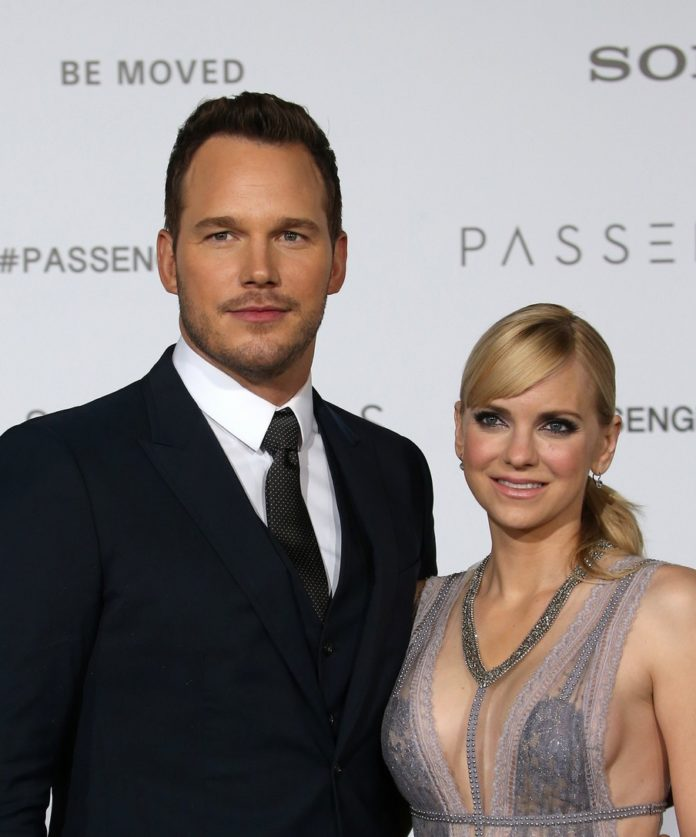chris pratt got anna faris a wedding ring upgrade 15 696x837