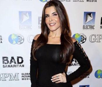 Adriana CatañoPics