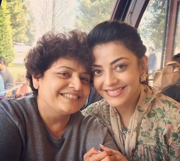 Kajal Aggarwal with mom
