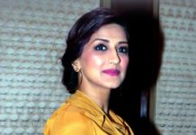 Bollywood actor Sonali Bendre Pics